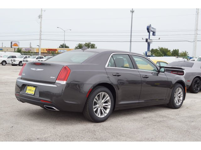 2018 chrysler 300 touring. brilliant 2018 new 2018 chrysler 300 touring l inside chrysler touring